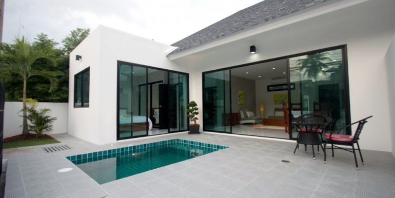 completed-my-own-pool-villas-for-sale-2-br-in-nai-harn-rawai-quiet-area-private-pool (10)