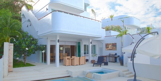 Luxury pool villa with magnificent views